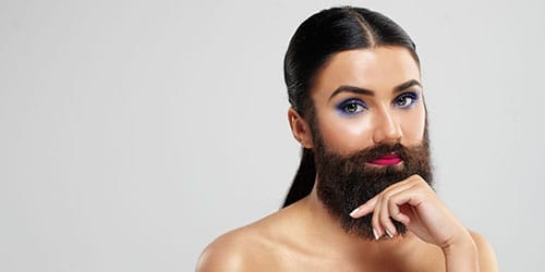 к чему снится борода у женщины