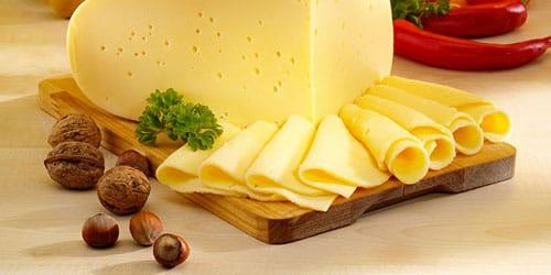 к чему снится есть сыр