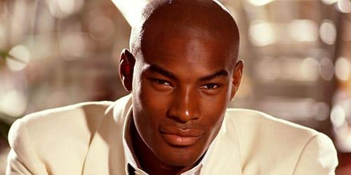 чернокожий парень
