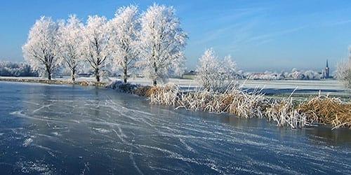 видеть во сне лед на реке