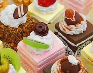 К чему снится много тортов?