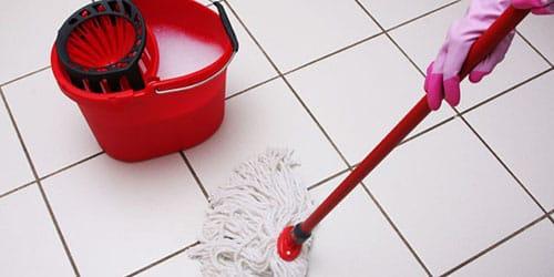 к чему снится мыть полы в чужом доме