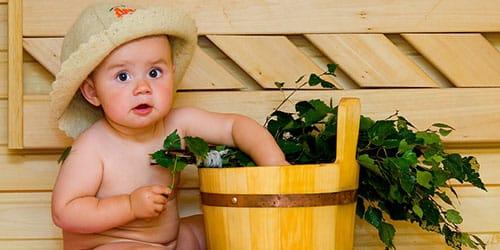 ребенок в бане