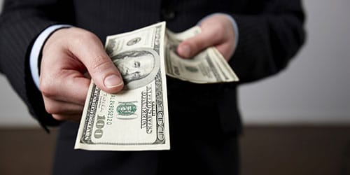 отдавать бумажные деньги во сне