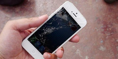 уронить мобильный