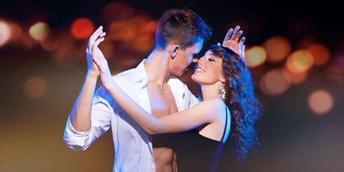 к чему снится танцевать с парнем