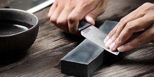 Точить нож