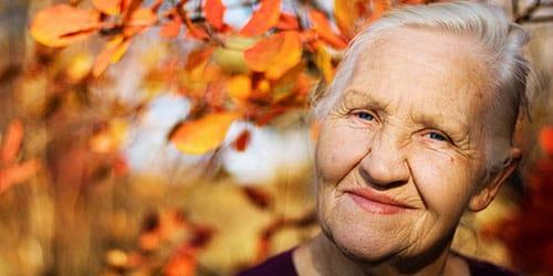 видеть во сне незнакомую бабушку