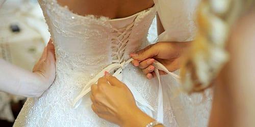 одевать свадебное платье во сне