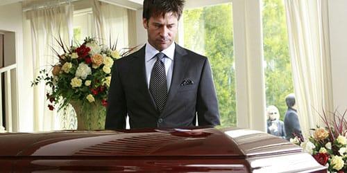 Видеть во сне похоронную процессию со стороны