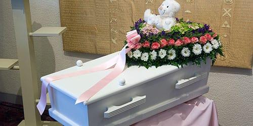 видеть во сне похороны ребенка