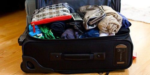 сумка с вещами