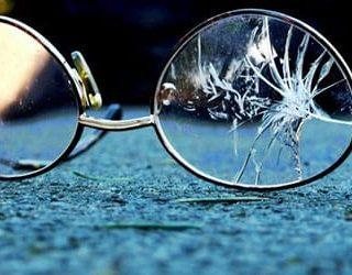 Разбитые очки