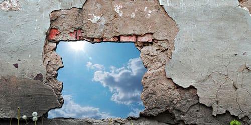 видеть во сне как рушится стена