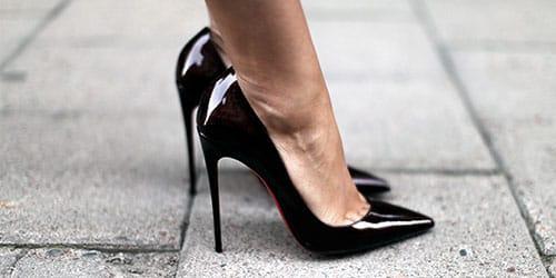 черная обувь