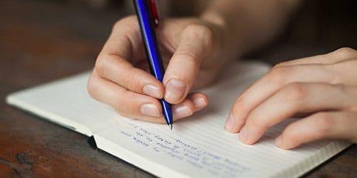 писать диктант во сне