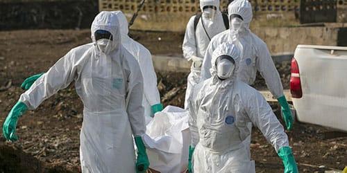 холера убивает население