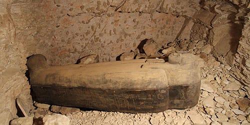 к чему снится искать саркофаг в развалинах