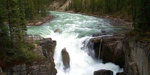 журчание реки