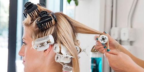 к чему снится накручивать волосы на бигуди