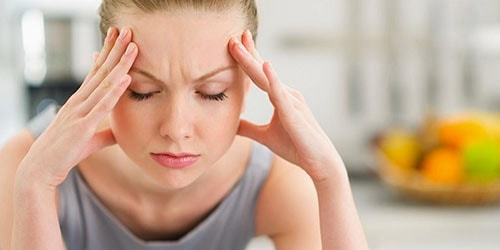 болит голова во сне