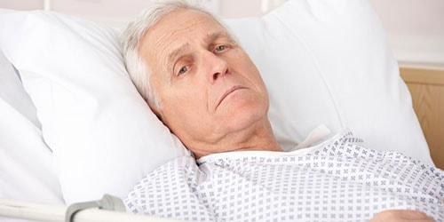 к чему снится больной отец
