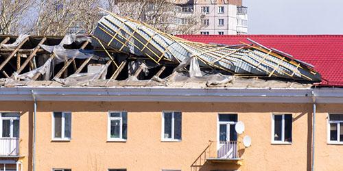 снесло крышу дома