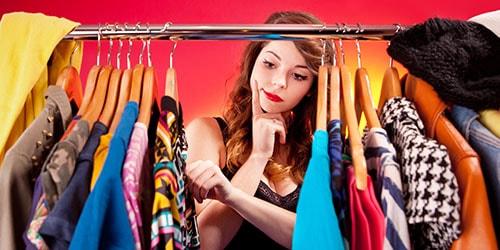 видеть во сне гардероб с одеждой