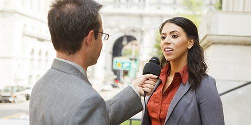 к чему снится давать интервью