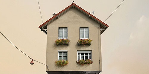 здание в воздухе