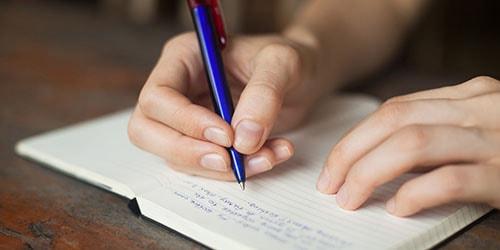 писать с ошибками во сне