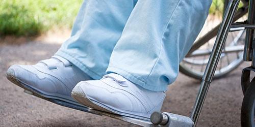 паралич ног