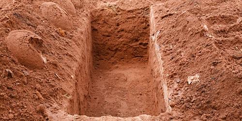 к чему снится переступать могилу