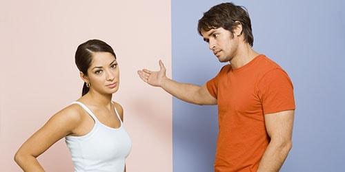 к чему снится выгонять из дома женщину