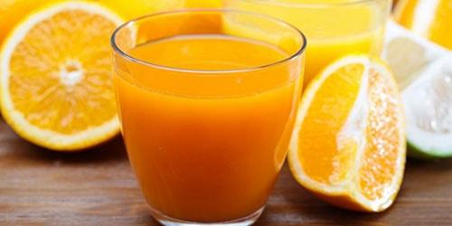 пить апельсиновый сок во сне