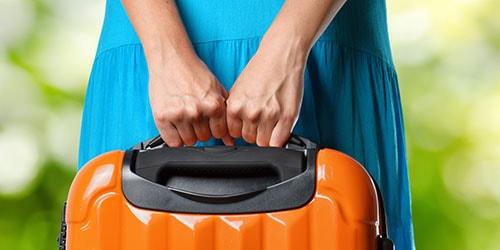 нести багаж в руках во сне