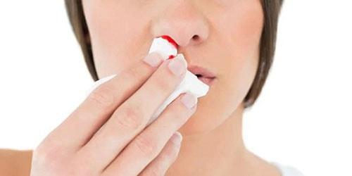 к чему снится кровь из носа у другого человека