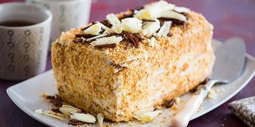 к чему снится есть торт наполеон