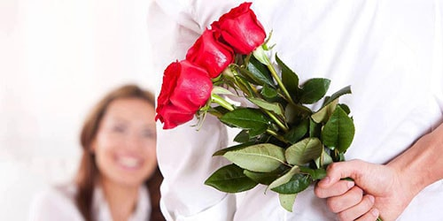 Сонник цветы дарит покойник
