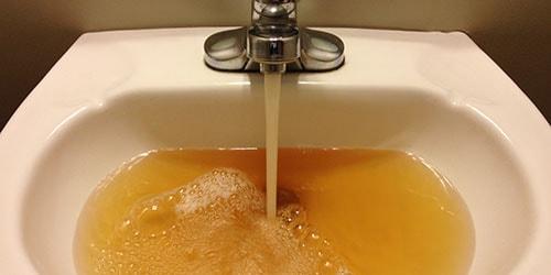 к чему снится ржавая вода