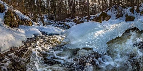 видеть во сне талую воду в реке
