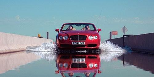 видеть во сне машину в воде
