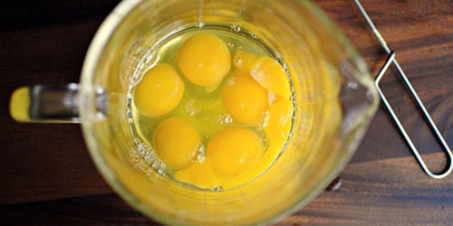 к чему снится пить сырые яйца