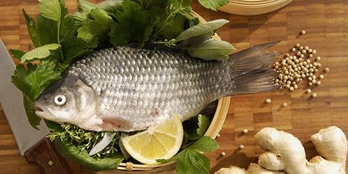 видеть во сне рыбу на столе