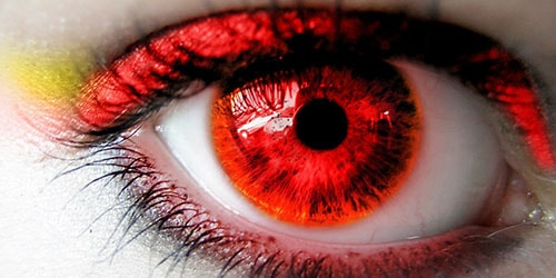 красный зрачок