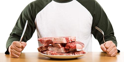 есть сырое мясо