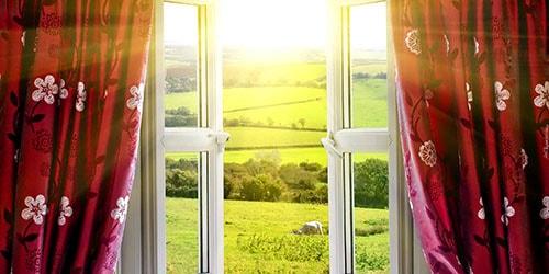 к чему снится яркий свет за окном