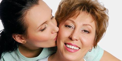 целовать мать во сне