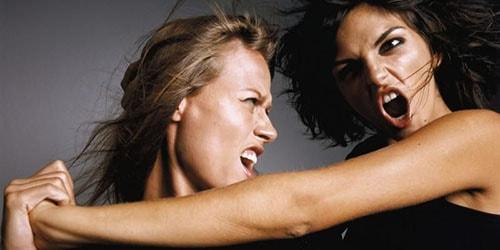 к чему снится драться с женщиной