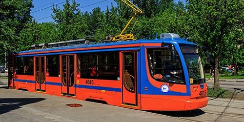 ехать в трамвае во сне